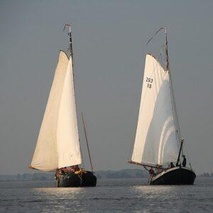 Watersport en zeilen zit de Friezen al eeuwenlang in het bloed