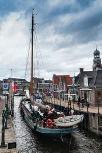 Veel van de historische schepen zijn beschikbaar voor een zeiltocht